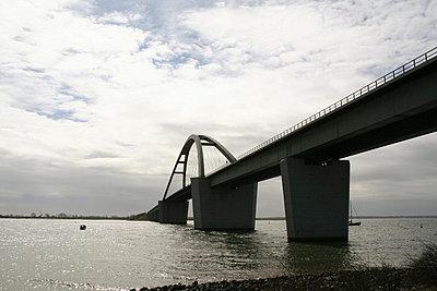 Fehmarnsundbrücke - p1620040 von Beate Bussenius
