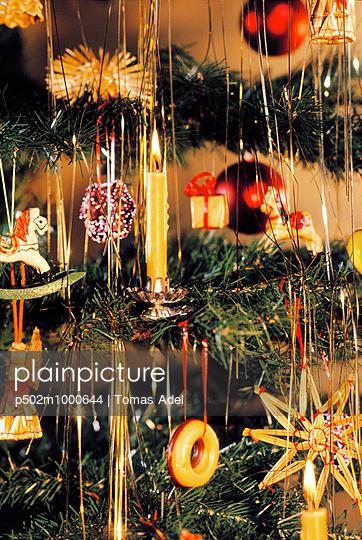 Christmas - p502m1000644 by Tomas Adel