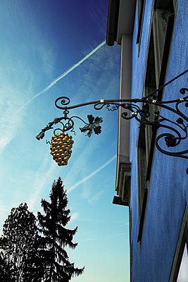 Rothenburg ob der Tauber - p1038m1064366 by BlueHouseProject