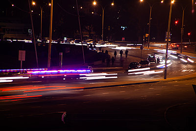 View of traffic on street - p623m2186263 by Pablo Camacho