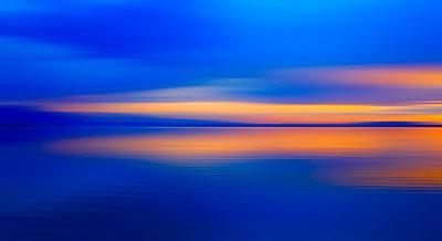 Germany, Bavaria, Chiemsee, Lake at sunset - p300m2059036 by Thomas Jäger