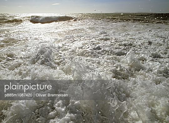 Spray - p885m1087420 by Oliver Brenneisen