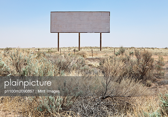 Blank Desert Billboard - p1100m2090857 by Mint Images