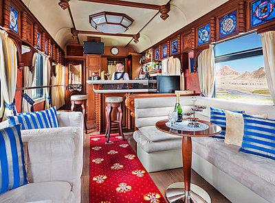 Trans Siberian Railway Express Train Interior - p390m2013453 von Frank Herfort
