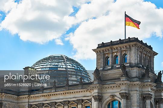 Reichtstagsgebäude - p851m1528920 von Lohfink