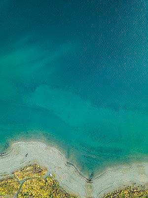 Wasser aus der Vogelperspektive - p1455m2203764 von Ingmar Wein