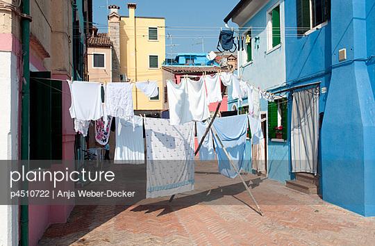 Hinterhof in Italien;  Vendedig - p4510722 von Anja Weber-Decker