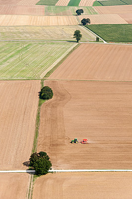 Agriculture VII - p1079m885276 by Ulrich Mertens