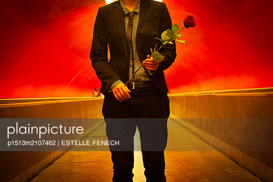 Young lesbian with a rose - p1513m2107462 by ESTELLE FENECH