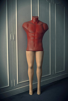 Robot - p1028m1051631 by Jean Marmeisse