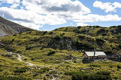 Hütte an den drei Zinnen, Südtirol - p1273m1198510 von melanka
