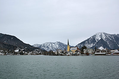 Rottach-Egern - p876m1000523 by ganguin