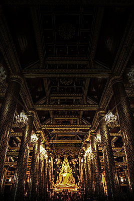 Wohnsitz der Götter, Phitsanulok, Thailand, Wat Phra Si Rattana Mahathat - p375m1021454 von whatapicture