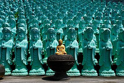 Koreanische Buddhas - p1638m2232173 von Macingosh