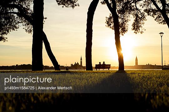 Sonnenuntergang auf S. Elena, Venedig II - p1493m1584725 von Alexander Mertsch