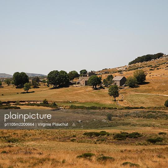 France, Farm and landscape - p1105m2200664 by Virginie Plauchut
