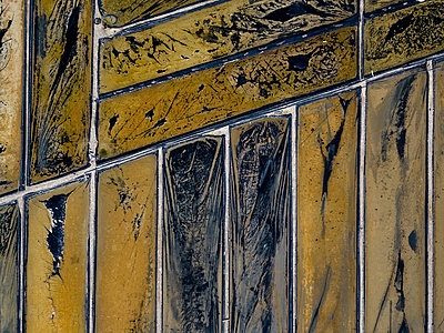 Aerial view of Salt plantations - p1166m2094405 by Cavan Images