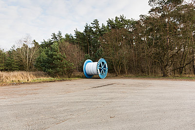 Giant cable reel - p1177m1221040 by Philip Frowein