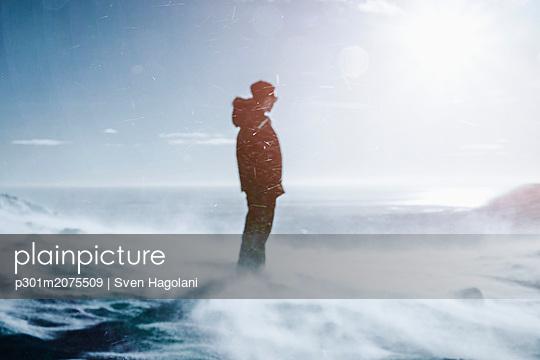 p301m2075509 von Sven Hagolani