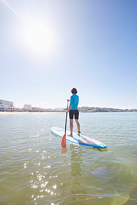 Stand up Paddle - p464m1538770 von Elektrons 08