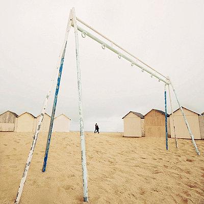 Spaziergang am Strand - p9111149 von Kalanch-Oé