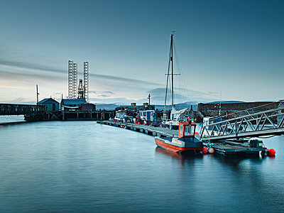 Pier and harbor - p429m898438 by Gu