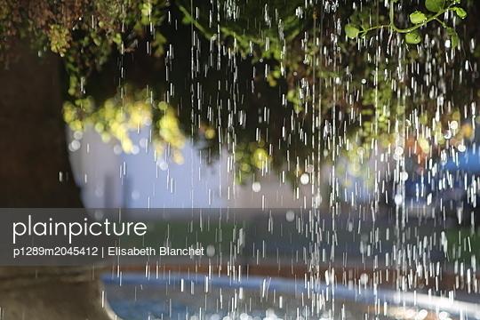 Brunnen in Salon-de-Provence - p1289m2045412 von Elisabeth Blanchet