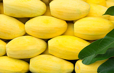 Close up of pile of fresh peeled mangos,Chiang Mai, Chiang Mai, Thailand - p1100m2084525 by Mint Images