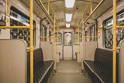 U-Bahn Berlin - p1345m1528704 von Alexandra Kern