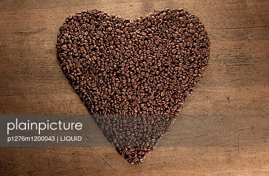 Kaffeebohnen Nahaufnahme - p1276m1200043 von LIQUID
