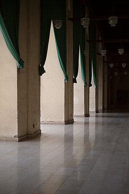 Moschee Innenansicht - p1325m1333053 von Antje Solveig