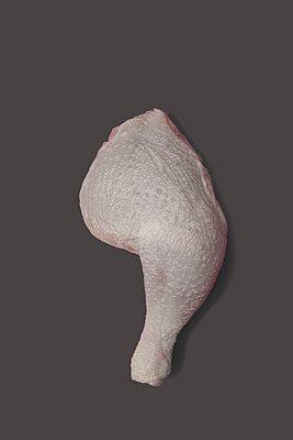 Hähnchenschenkel - p647m1119961 von Tine Butter