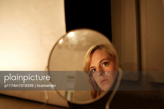 Spiegelbild - p1174m1015339 von lisameinen