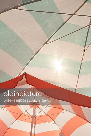 Sun protection - p454m1195029 by Lubitz + Dorner