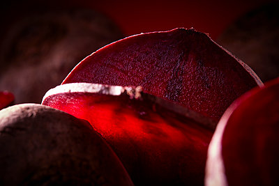 Beetroot - p851m1148655 by Lohfink