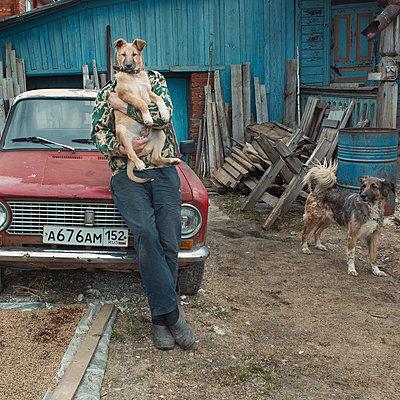 Hinterhof - p1476m2026990 von Yulia Artemyeva