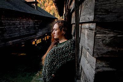 Portrait of female east european looking sideways - p300m2132422 by Oxana Guryanova