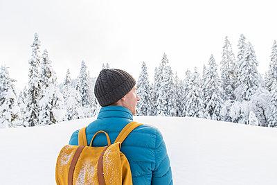 Wandern im Winter - p1396m1463022 von Hartmann + Beese