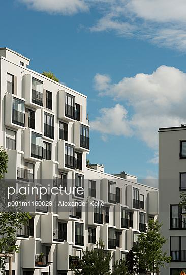 Wohnblock  - p081m1160029 von Alexander Keller