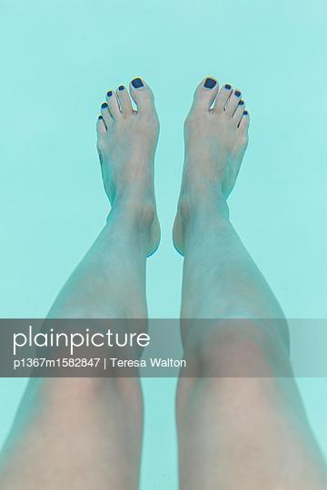 Pool - p1367m1582847 von Teresa Walton