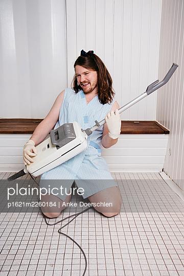 Staubsauger-Gitarre - p1621m2260184 von Anke Doerschlen