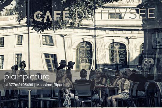 France, Occitanie, Nîmes, Gard, Coffe bar of Musée de la Romanité - p1377m2105496 by Massimo Ripani