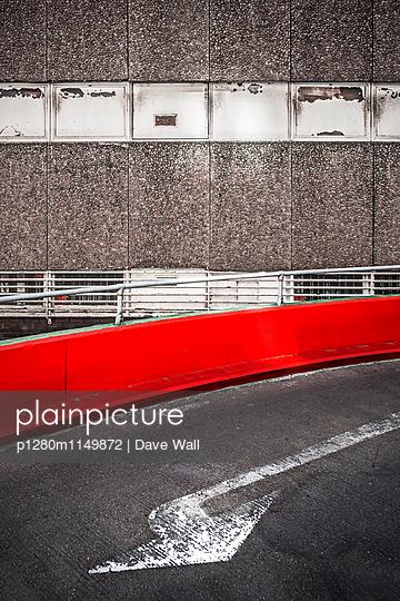 Abgenutzt - p1280m1149872 von Dave Wall