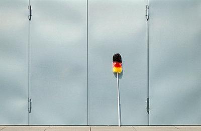 Staubwedel mit Deutschlandfarben - p2200254 von Kai Jabs