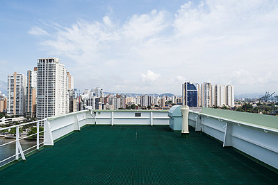 Brazil, Skyline of Santos - p930m2148387 by Ignatio Bravo