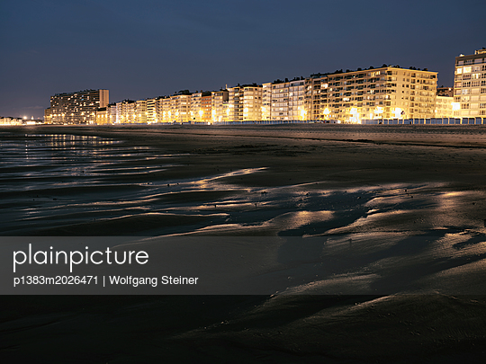 Skyline Oostende - p1383m2026471 von Wolfgang Steiner