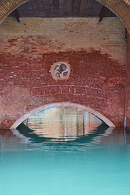 Clinker bridge in Venice - p1312m1575171 by Axel Killian