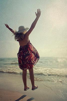 Feeling free - p7940296 by Mohamad Itani