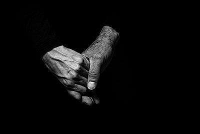 Hands I - p999m755217 by Monika Kluza