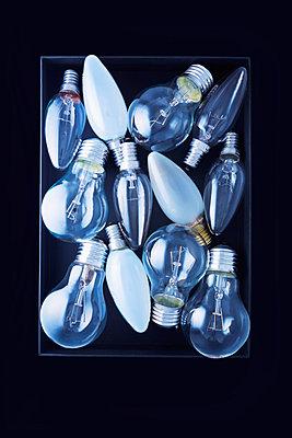 Glühbirnen - p1149m1590483 von Yvonne Röder